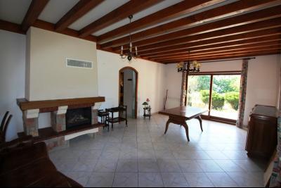 Lons-le-Saunier (39 JURA), à vendre maison de plain-pied, 3 chambres, 2 garages., Séjour 32 m²