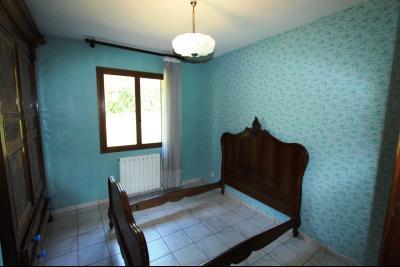 Lons-le-Saunier (39 JURA), à vendre maison de plain-pied, 3 chambres, 2 garages., CH3 10,5 m²