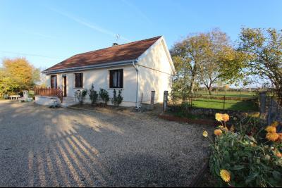 Pierre-de-Bresse (71270) à vendre maison à la campagne avec dépendance sur 8000 m² de terrain., A vendre maison 88 m² habitables
