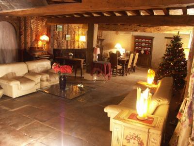 Chaussin, vends superbe propriété de 1640, 10pièces, 360m² habitables sur 3700m² de terrain clos, grand salon