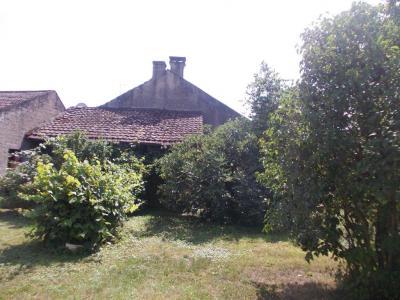 Secteur Chaussin, vends corps de ferme 5 pièces, 91m², 1800m² de terrain avec dépendances, arrière maison avec jardin