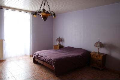 VENTE secteur PONT DE POITTE: MAISON en pierre de 139 m², 5 pièces sur 500 m² de terrain, CHAMBRE 2 au rez de chaussée