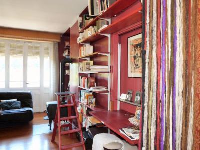 LONS-le-SAUNIER 18km JURA Vends Maison de Maître 255m²env. idéale chambres hôtes,activité artistique, Au premier niveau de la tour: le petit théatre