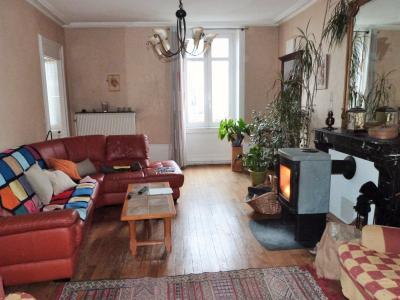 LONS-LE-SAUNIER 39000 JURA Plein Centre Appartement 139m²env. 1er étage - 3 chambres., Salon 23.45m²env.