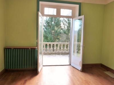 LONS-LE-SAUNIER 39 JURA Proche Centre Villa indépendante 150m²env. vue dominante terrain 1735m²env., Chambre 1 - niveau 1 -