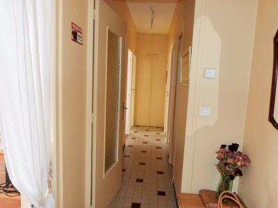 LONS-LE-SAUNIER 39000 JURA proche centre Vends appartement 90m²enV ascenseur balcon vue imprenable, Entrée et dégagement