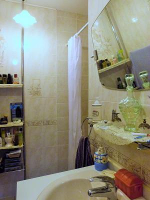 Proche BLETTERANS Jura Vends MAISON (2004) 137m²env. -4 chambres (1 plain-pied)- sur 1250m²env., Salle de bains (douche) - plain pied -