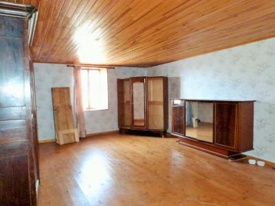 ORGELET JURA 39 11km Vends Ancienne FERME en pierres -à rénover-(vastes dépendances,jardin, verger), Chambre 2