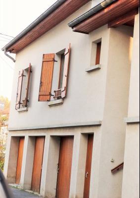 LONS-LE-SAUNIER 39000 Proche centre Vends MAISON de VILLE 60m²env. mitoyenne 1 seul côté, 2 garages, Maison de ville mitoyenne 1 seul côté