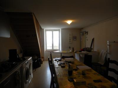 Offlanges, 39290, appartement en duplex de 75 m², 3 chambres, vue incroyable, cuisine