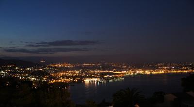 Théoule sur Mer (06 Alpes Maritimes), à vendre appartement avec vue mer panoramique, parking & cave, plan