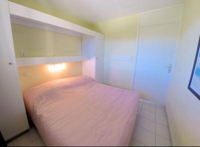 Théoule sur Mer (06 Alpes Maritimes), à vendre appartement avec vue mer panoramique, parking & cave, chambre