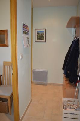 Lac de Bonlieu 39130, Appartement 80 m² avec 2 chambres, en parfait état et vue sur le lac., Hall avec ascenceur