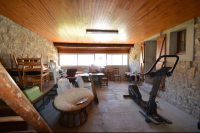 Thoiria, Proche Clairvaux les lacs, très agréable maison de village 3 chambres et 1700 m² terrain., loggia 36 m²