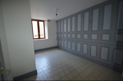 Les Piards 39150, Immeuble de 6 appartements à moins de 30 minutes de Moirans, Morez et St Claude., F2. 2 Chambres x 11 m²