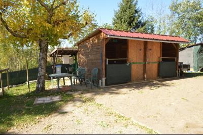 ETIVAL, entre Clairvaux les lacs et Haut Jura, maison au calme de 6 pièces sur 1 ha, idéal cavaliers, Vue de la chambre