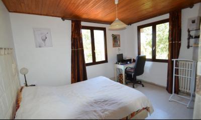 ETIVAL, entre Clairvaux les lacs et Haut Jura, maison au calme de 6 pièces sur 1 ha, idéal cavaliers, Cuisine vue sur la nature