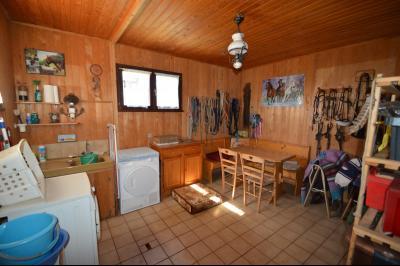 ETIVAL, entre Clairvaux les lacs et Haut Jura, maison au calme de 6 pièces sur 1 ha, idéal cavaliers, Grand terrasse ensoleillée