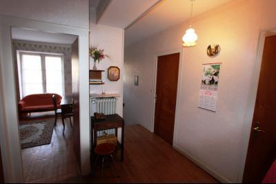 Secteur Sellières (39 JURA), à vendre maison sur grand sous-sol, 2 chambres, 600 m² de terrain., DEGAGEMENT ENTREE