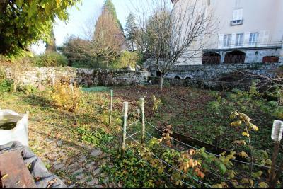 Secteur Sellières (39 JURA), à vendre maison sur grand sous-sol, 2 chambres, 600 m² de terrain., JARDIN