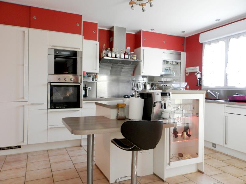 CUISINE EQUIPEE 14 m²