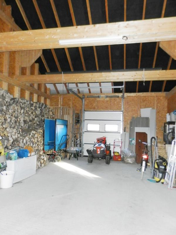 GARAGE 73 m²