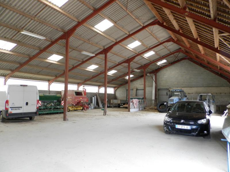 DEPENDANCE 680 m²