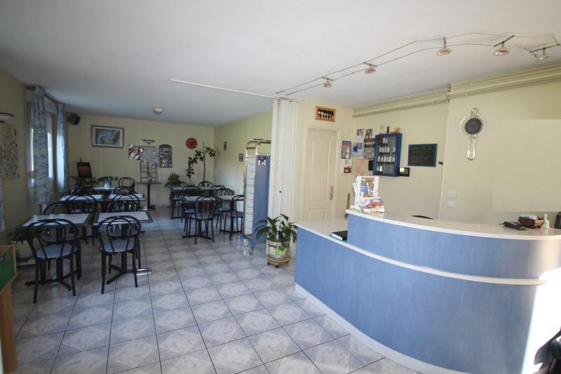 axe bourg dijon et proche lons le saunier 39 jura vendre h tel de 28 chambres sur 1. Black Bedroom Furniture Sets. Home Design Ideas