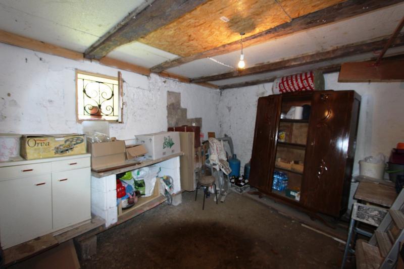 CAVE 14 m²