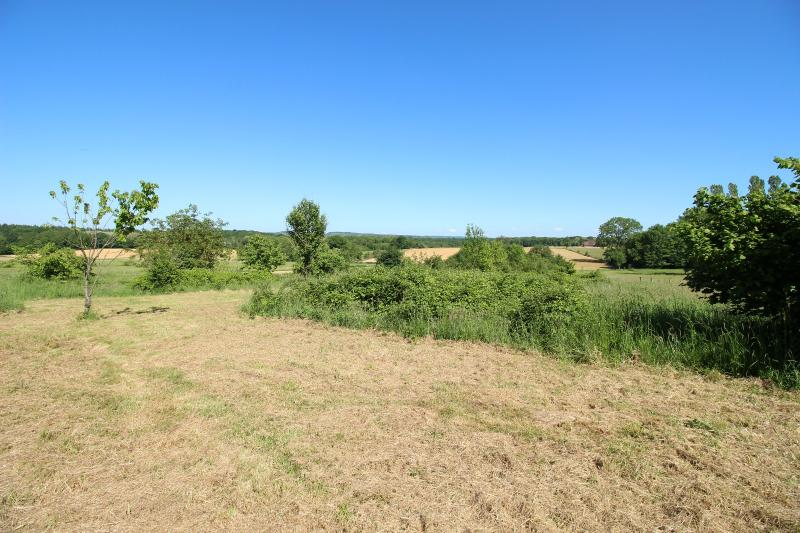Terrain de 1 hectare