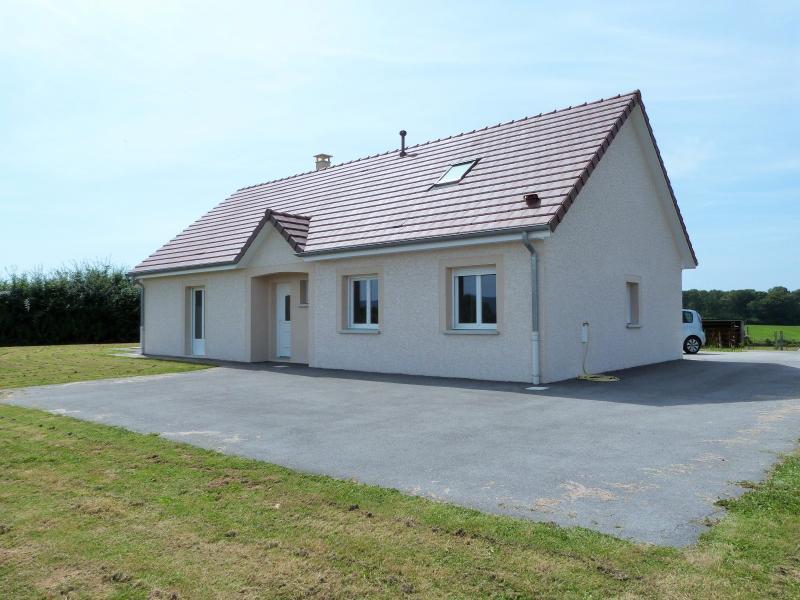 Lons le saunier 39000 jura proche vends maison 2015 plain for Maison neuve avec terrain