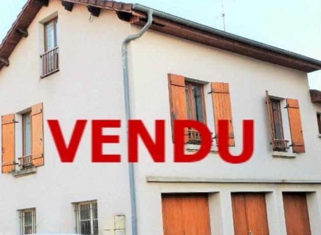 LONS-LE-SAUNIER 39000 Proche centre Vends MAISON de VILLE 60m�env. mitoyenne 1 seul c�t�, 2 garages