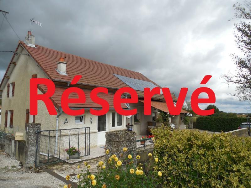 Dole secteur Saint Aubin, 39410, a vendre maison de 140 m� de 7 pi�ces dont 4 chambres sur 844 m�.