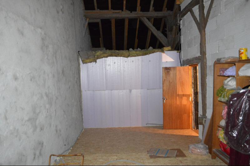 grenier isolé 28 m²