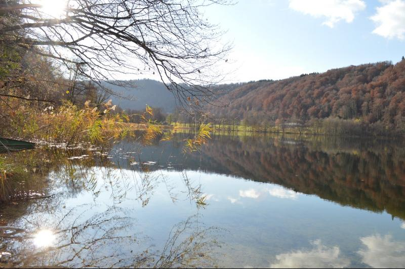 lac proche