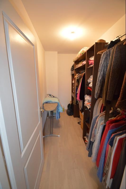 Dressing à l'étage