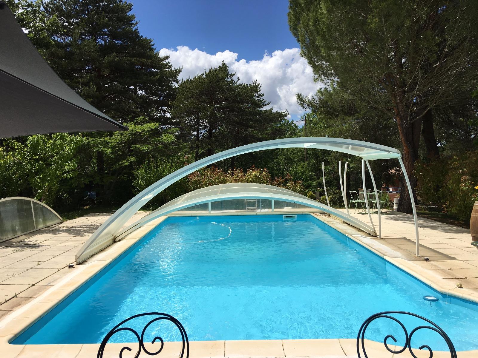 Belle villa avec piscine sur 3780 m terrain entre st for Piscine vinon sur verdon