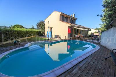 SAINT PAUL LES DURANCE Maison de 137 m2 T6 avec piscine