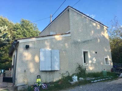 Maison T3 sur 504 m² terrain - PIERREVERT