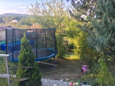 Vue: jardin, Maison T3 sur 504 m² terrain - PIERREVERT