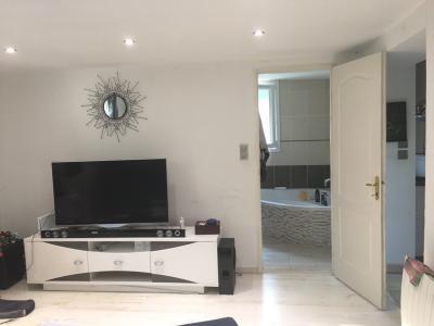 Vue: séjour, Maison T3 sur 504 m² terrain - PIERREVERT