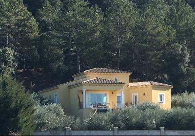 ORAISON - Villa 5 chambres sur 2130 m² terrain
