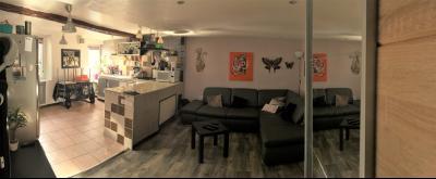 PEYRUIS-Maison de village rénovée 2 Chambres