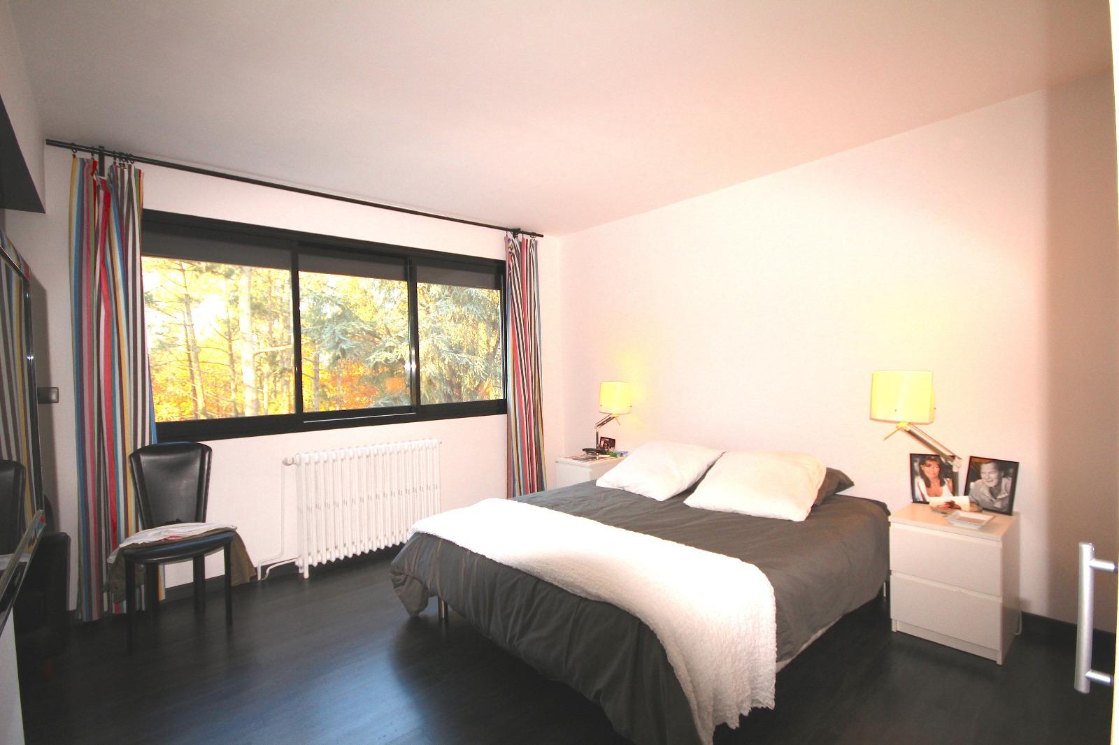 vente villa arcachon 33120 94m avec 4 pi ce s dont 2 chambre s sur 293m de terrain. Black Bedroom Furniture Sets. Home Design Ideas
