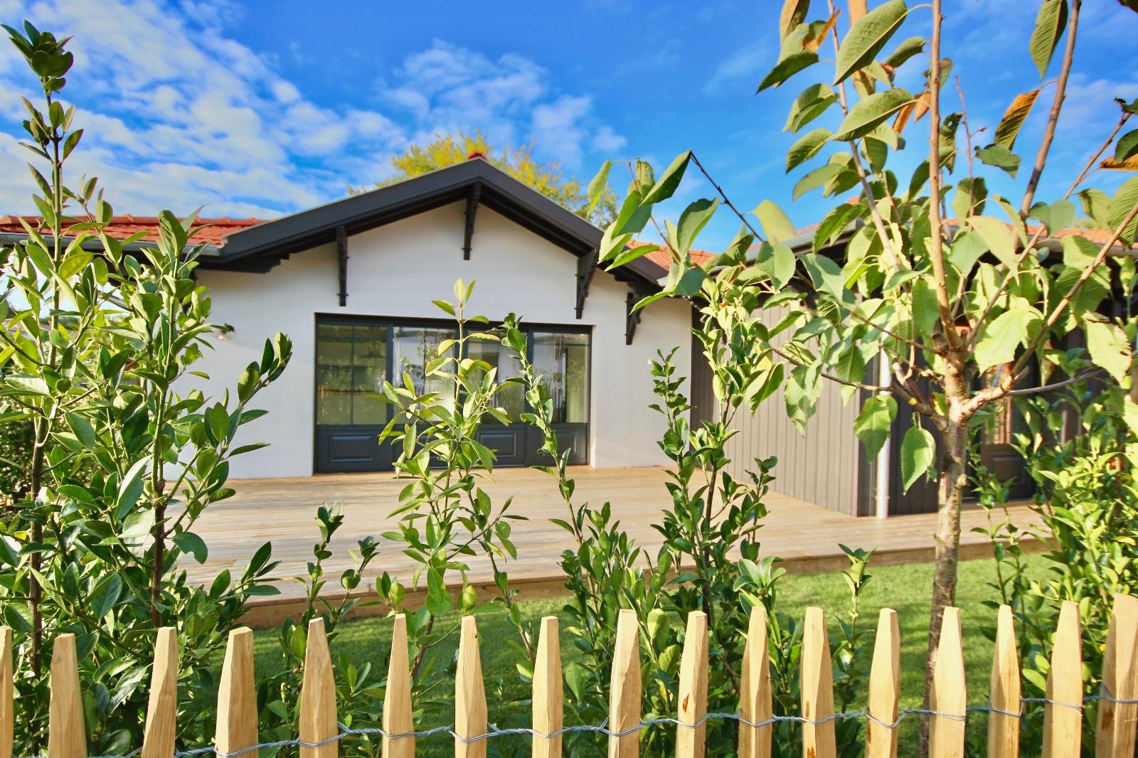 vente villa la teste de buch 33260 114m avec 4 pi ce s dont 3 chambre s sur 327m de. Black Bedroom Furniture Sets. Home Design Ideas