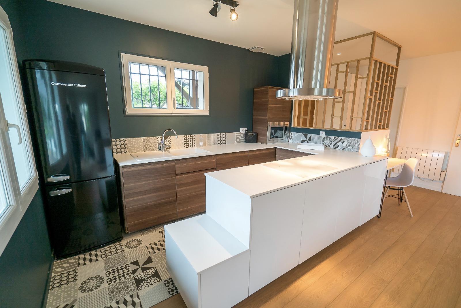 vente villa gujan mestras 33470 94m avec 4 pi ce s dont 3 chambre s sur 405m de terrain. Black Bedroom Furniture Sets. Home Design Ideas