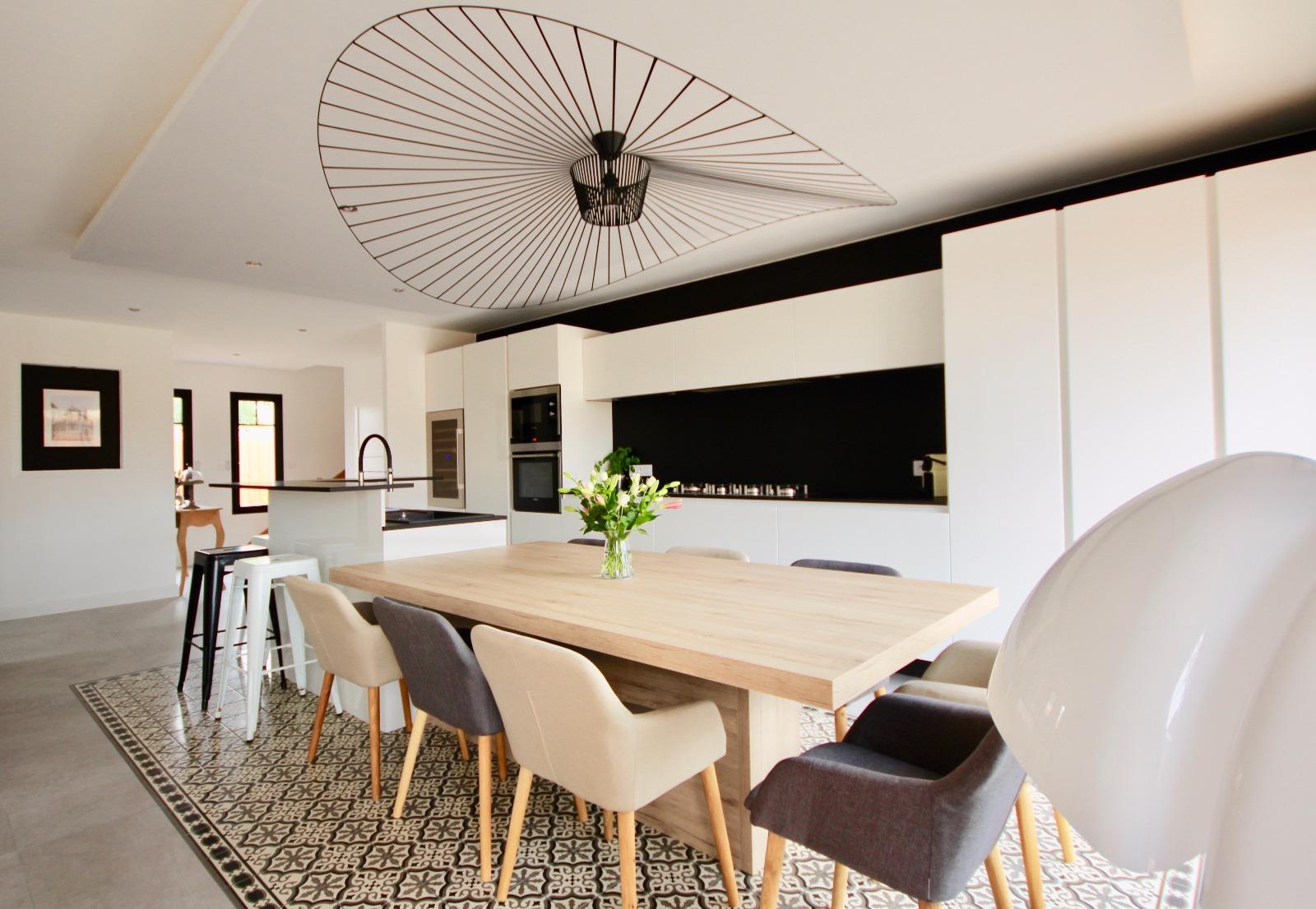 vente villa la teste de buch 33260 187m avec 6 pi ce s dont 5 chambre s sur 652m de. Black Bedroom Furniture Sets. Home Design Ideas