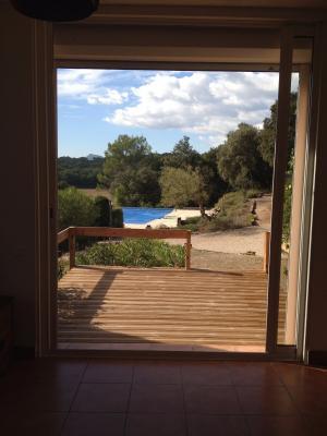 FLASSANS : Appt T 1 à la campagne avec terrasse et jardinet, piscine jacuzzi et tennis