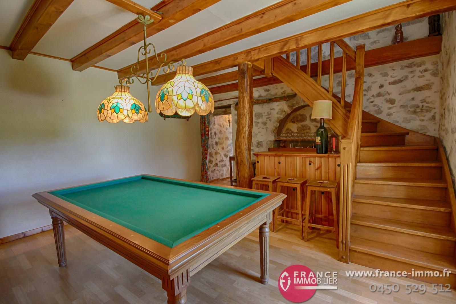 a vendre choisy axe genve ferme atypique rnove avec got et personnalit 3400m2 terrain piscine. Black Bedroom Furniture Sets. Home Design Ideas