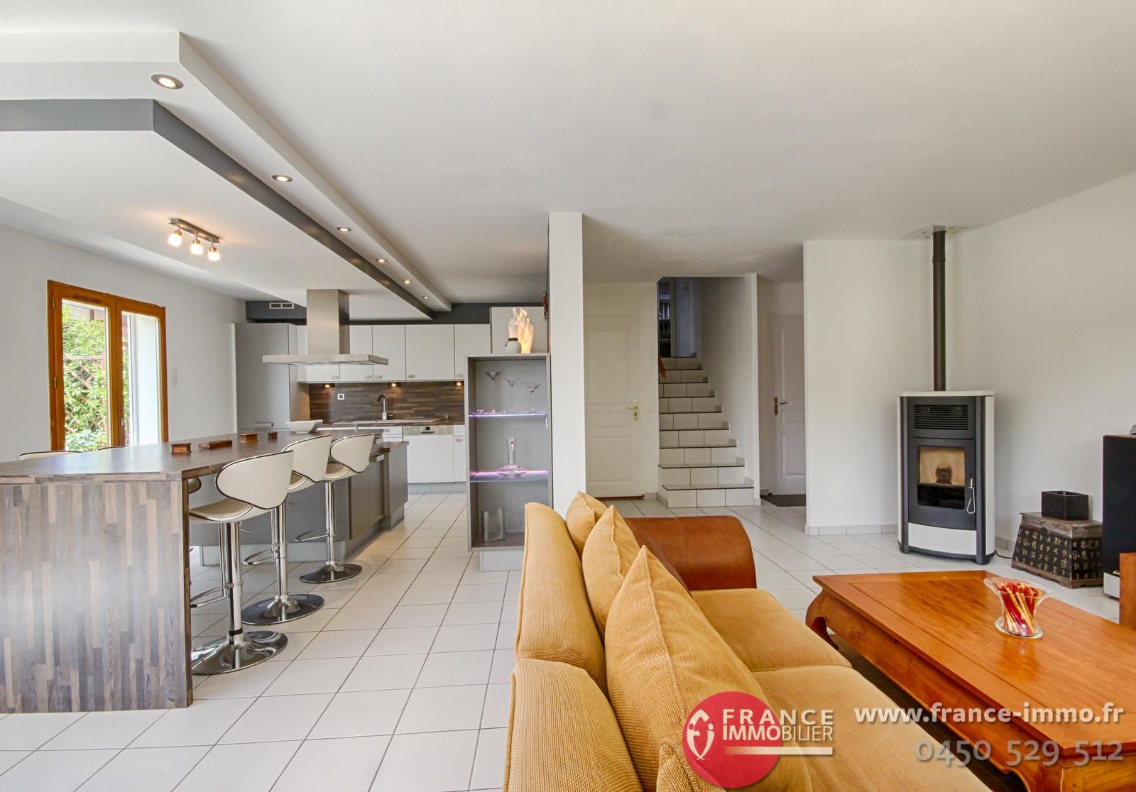 vente maison annecy metz tessy 74000 110m avec 5 pi ce s dont 4 chambre s sur 427m de. Black Bedroom Furniture Sets. Home Design Ideas